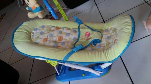 Fold Up Infant Seat Babyelle