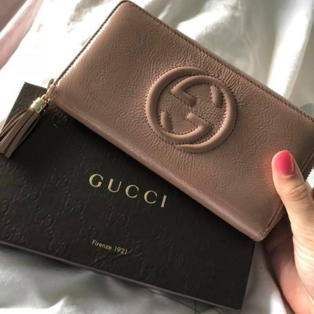9dc2e37dd005 GUCCI wallet authentic, Luxury, Bags & Wallets, Wallets on Carousell
