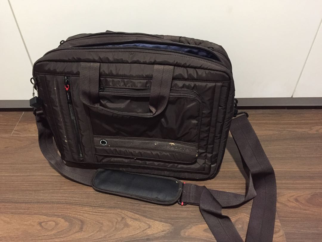 3039fab7f Hedgren business bag, Men's Fashion, Bags & Wallets, Others on Carousell