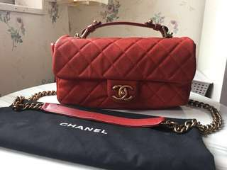 🈹Chanel red caviar