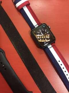 Apple Watch 3 保固內 加贈兩條錶帶