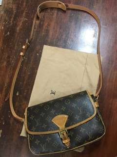Authentic LV Sologne Shoulder Bag from Japan