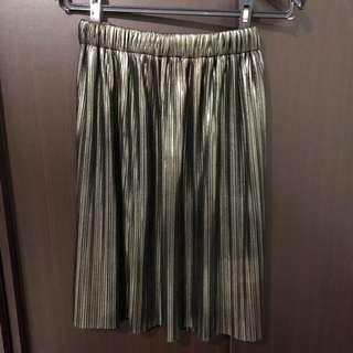 Metalic pleated skirt