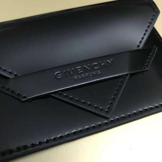 全新 Givenchy Card Holder 紀梵希型格黑色仿皮漆面卡片套