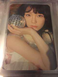 Taeyeon 'The Magic Of Christmas Time' Handwarmer photocard.