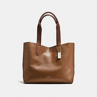 DERBY TOTE IN PEBBLE LEATHER COACH F58660