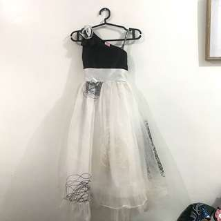 Iha Black & White Gown