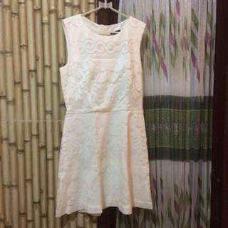 New H&M lace white dress