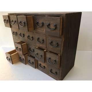 【swallow燕子二手懷舊傢俱】日本 二十抽 多格櫃 收納櫃 珠寶櫃 籤詩 鉛字 [1801086]