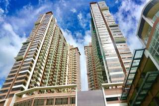 Studio preselling rent to own condo near mall of asia city of dreams Moa