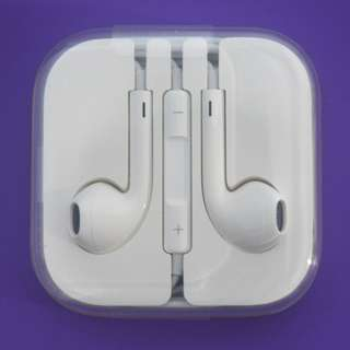 APPLE iPHONE EARPHONE (BRAND NEW & ORIGINAL)
