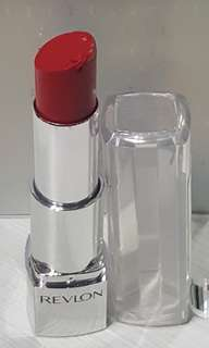 Revlon Ultra HD Lipstick 840 HD warna Poinsettia