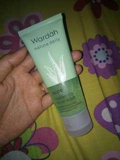 Aloe facial wash wardah