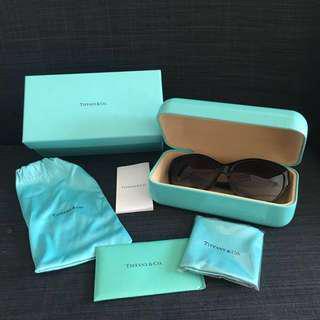 🚚 Tiffany Sunglasses TF4065BA