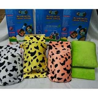 Armguard table pillow