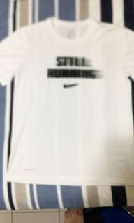 🚚 Nike T恤