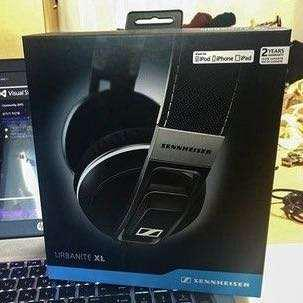 BNIB sealed Sennheiser Urbanite XL - iOS version - Black & Navy Colors available (normally $339)