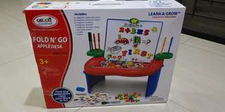 Fold & Go Apple Desk / Multifungsi Art Learning Desk