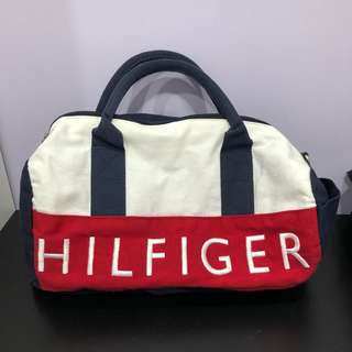 🚚 Tommy Hilfiger肩背手拿包