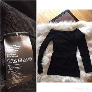 H&M off shoulder top (XS)