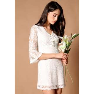 tsw zoey lace up dress in white