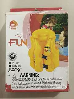 Swimming life jacket for children