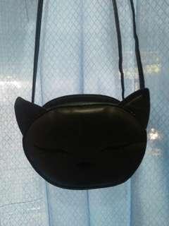 Slingbag H&M hitam