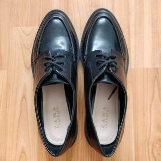 Zara Trafaluc loafers size 39