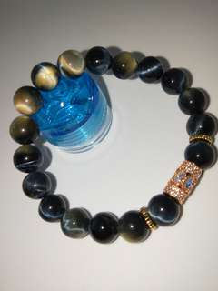 🚚 Blue Tiger Eye With Charm