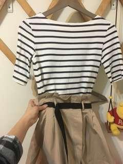 🚚 二手-uniqlo米白色深藍色黑色條紋海軍風五分袖短袖船型領純棉長版上衣t-shirt洋裝