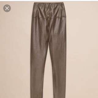 Aritzia Daria leather leggings