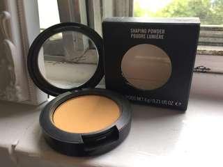 "MAC Shaping Powder ""Soft Glam"""