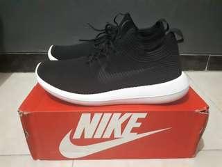 Sepatu Nike Roshe Two Flyknit V2 Black Original Size: 44