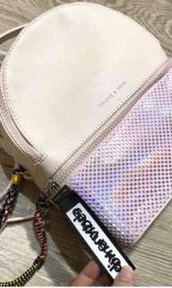 Sisa eskpor Charles and keith hologram backpack