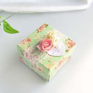 Sweet Green Floral Country Style Favor Box (Lace)