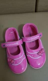 Girl shoes merk crocodile size 26