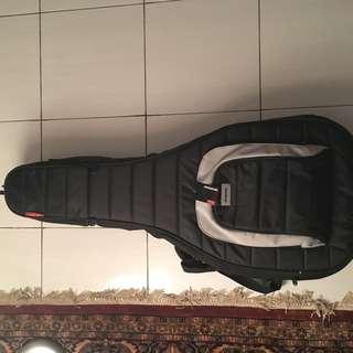 Momo M80 Guitar Bag.