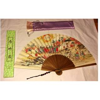 Handpainted bamboo Korean fan (large)