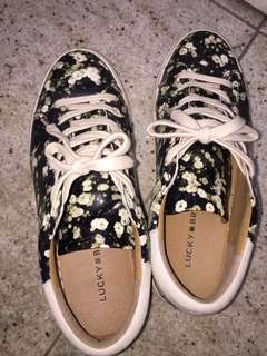 Lucky Brand 🍀 shoes