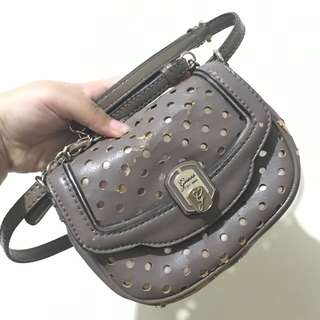 [REAL PICT] Guess sling bag