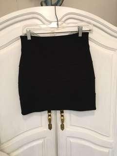 Aritzia Talula mini skirt