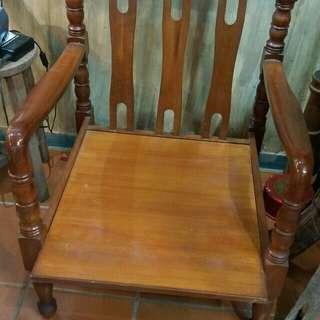 中古木椅2張