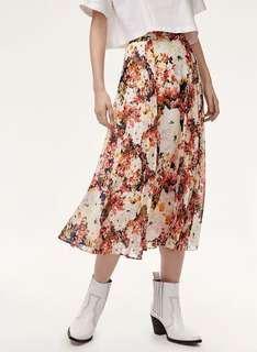 Aritzia Little Moon Peony Skirt in Mint Condition size 4