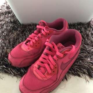 Nike Air Max 粉紅色波鞋