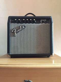 Fender Frontman 15G amplifier