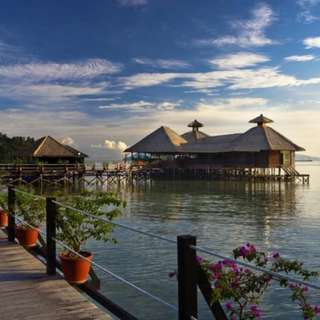 AMI Travel | 4D3N Honeymoon at Gayana Marine Resort, Sabah