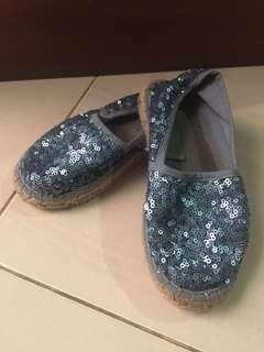 Sequin shoes size 28