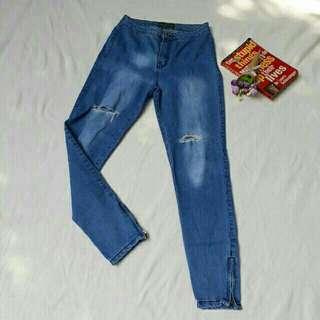 Preloved Highwaist Jeans