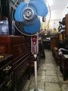 处理~古董老上海上海华生座地電風扇