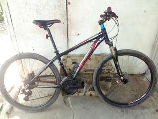 Mongoose bike 27.5